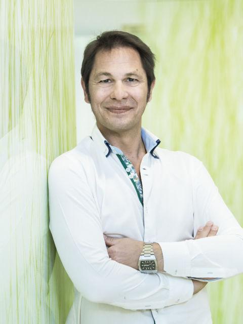 Orthopäde Oberarzt Dr. Bernd Harter