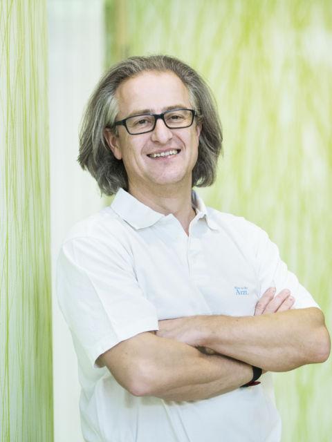 Orthopäde Primarius Doz. Dr. Gerd Ivanic